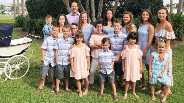 Are 16 copii și arată senzațional la cei 44 de ani. Care este secretul său