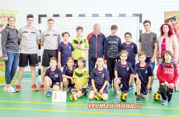Douã echipe din Vaslui, calificate în finala Campionatului National de minihandbal