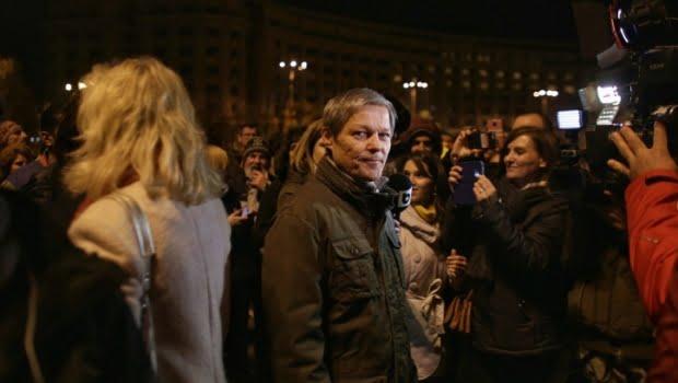 Dacian Cioloş: Riscăm să devenim țara lui Dragnea. Guvernul Dăncilă trebuie să plece