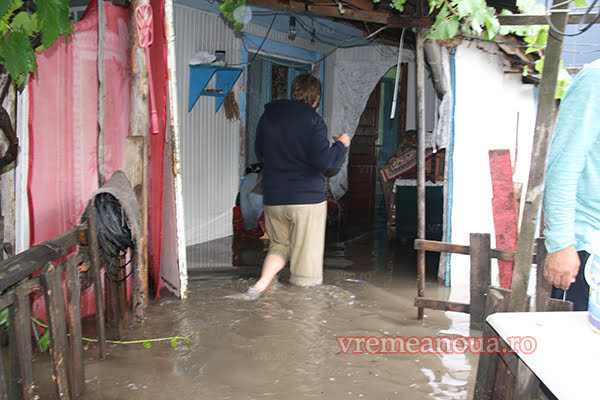Viatã de calvar pentru bârlãdeni, dupã fiecare ploaie torentialã! | FOTO | VIDEO