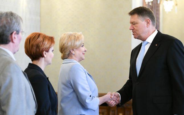 Întâlnirea Dăncilă – Iohannis s-a încheiat după 40 de minute. Premierul spune că n-a discutat nimic de ordonanţa privind graţierea şi amnistia