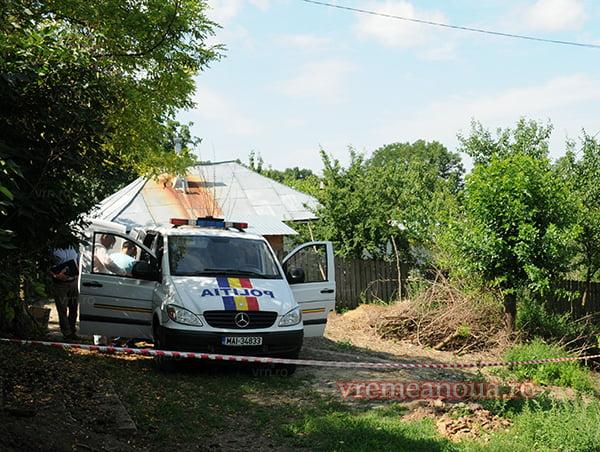 Criminalul care si-a ucis tatãl cu o loviturã de cutit a fost prins