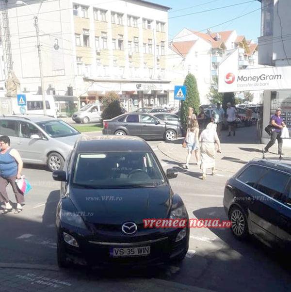 "Doctorita Cotae din Husi si-a parcat masina ca la ""nebuni"""