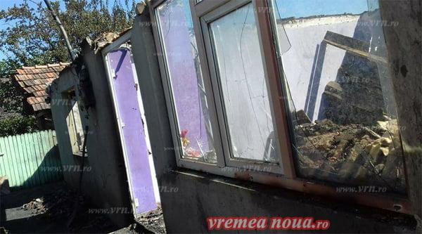 NECAZ: Le-a ars casa si au mare nevoie de ajutor