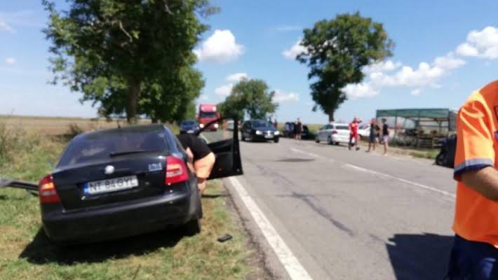 Accident în lanţ în Constanţa: 12 persoane au fost rănite într-o tamponare în care au fost implicate şase maşini
