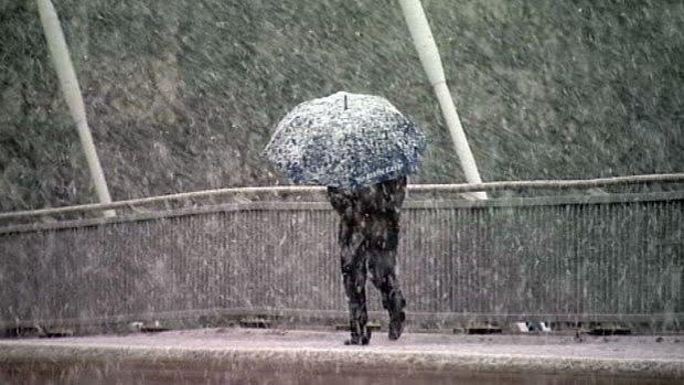 Ploi, vânt, lapoviţă şi ninsori. Primele temperaturi negative din acest sezon. PROGNOZA METEO pentru 24 septembrie – 7 octombrie