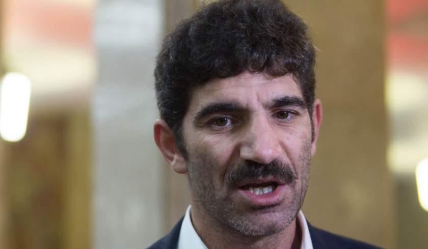 Actorul Cuzin Toma a fost prins drogat şi fără permis de poliţiştii din Bucureşti
