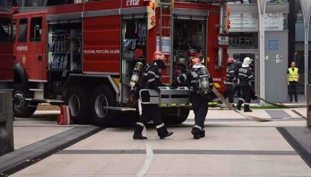 Incendiu la o grădiniţă din Sibiu. Copii evacuaţi de urgenţă