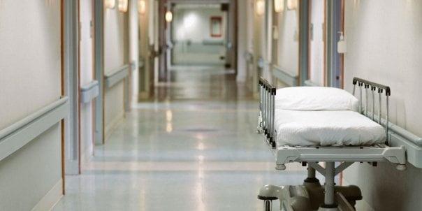 Acuzatii grave! L-au plimbat intre spitale pana a murit! Familia unui iesean arata cu degetul si-i acuza pe doctorii din Iasi