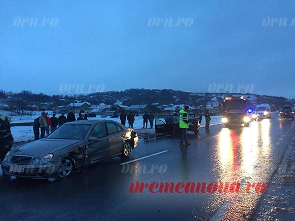 Accident rutier la Solești: două mașini implicate