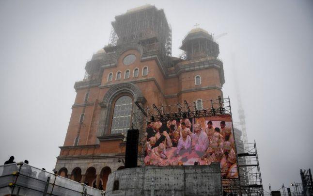 Catedrala Neamului, miluită cu fonduri suplimentare de la Primăria Capitalei. Câţi bani i s-au alocat la ultima rectificare