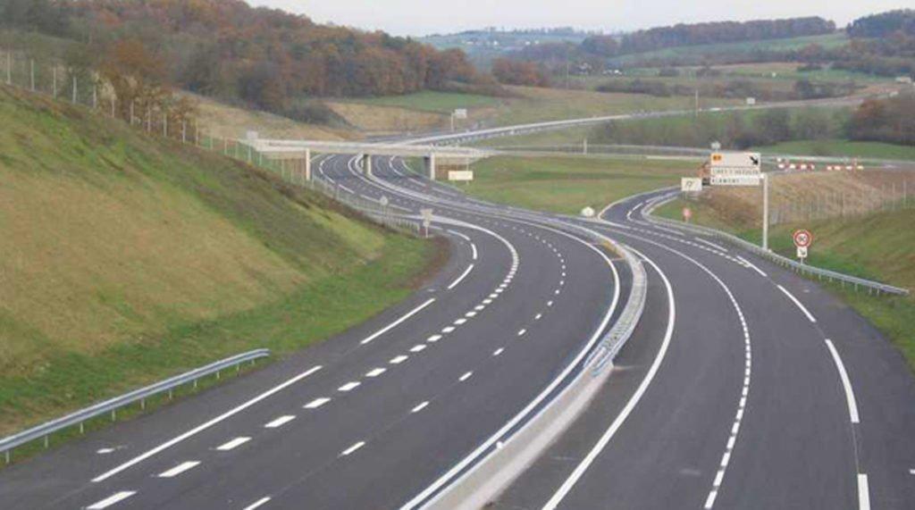 Gâlceava moldovenilor: iesenii si bãcãuanii se acuzã pentru autostradã, vasluienii sunt mutii mutilor!