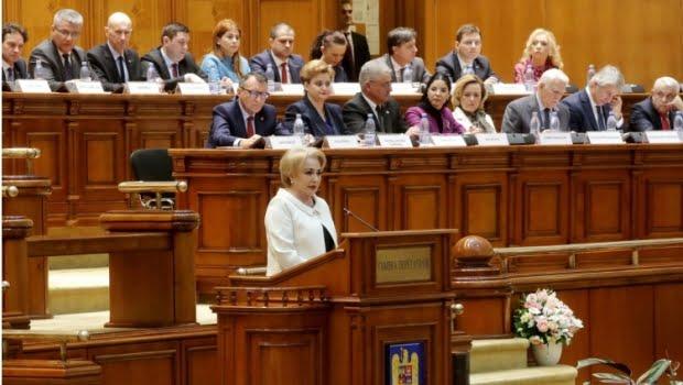 Preşedintele USR anunţă că moţiunea de cenzură împotriva Guvernului Dăncilă va fi depusă în această săptămână
