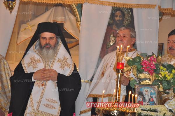 Minunea de la Crâng: PS Ignatie, primul Episcop în 158 de ani, care vine la Biserica din sat!! | FOTO | VIDEO