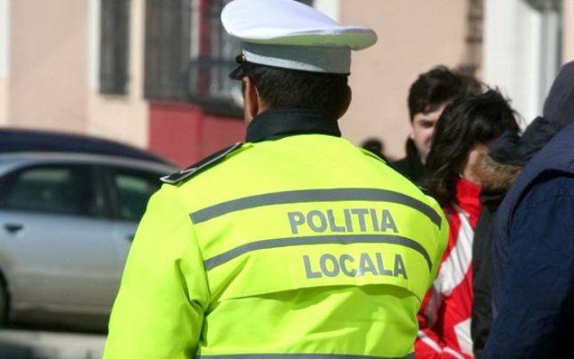 Femeie amendată cu 1.000 de lei, după un comentariu jignitor pe Facebook la adresa Poliţiei Locale