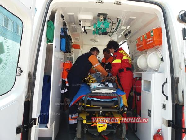 UPDATE:  Doua persoane cu arsuri grave, in stare critica la Spitalul Barlad