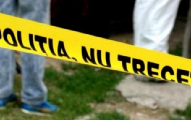 Dublu-asasinat la Iaşi: mamă şi fiu, găsiţi morţi în apartament. După crimă, asasinul a vizitat cadavrele victimelor, zilnic, timp de două săptămâni