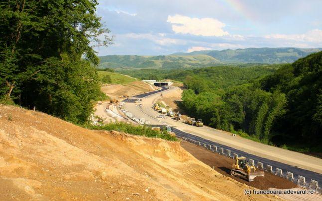 Lucrările la Lotul al treilea al Autostrăzii Lugoj – Deva se apropie de final