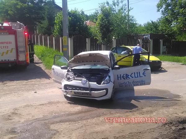 Trei persoane au ajuns la spital dupã ce douã masini s-au ciocnit în Vaslui!