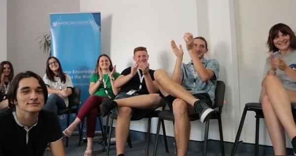 "Elevii din mediul rural, invitati sã participe la Scoala de Varã ""Camp Kennedy Rural"" 2019"