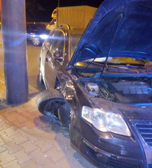 Vălenar beat criță, accident în municipiul Vaslui!
