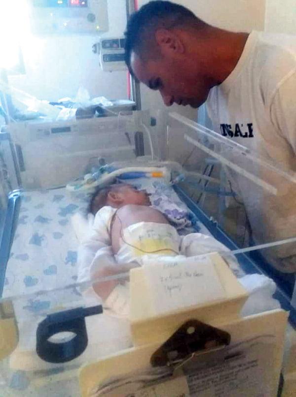 Strigãt de ajutor pentru Amalia, fetita cu inima gãuritã, de la Husi!