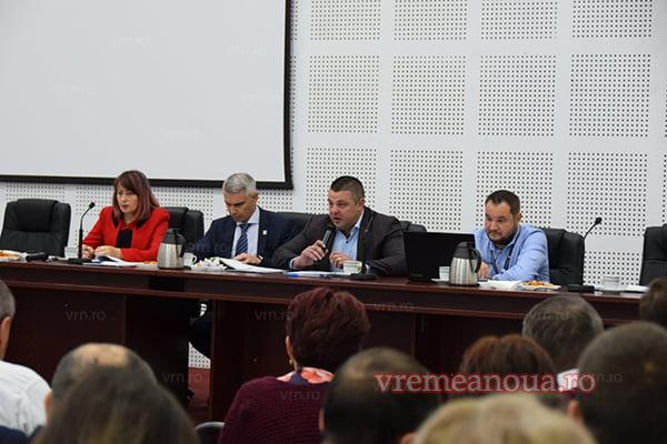 Se cautã informaticieni si operatori pentru sectiile de votare din judetul Vaslui