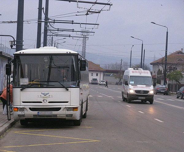 Operatorii privati de transport din judet, în luptã inegalã cu operatorii de stat