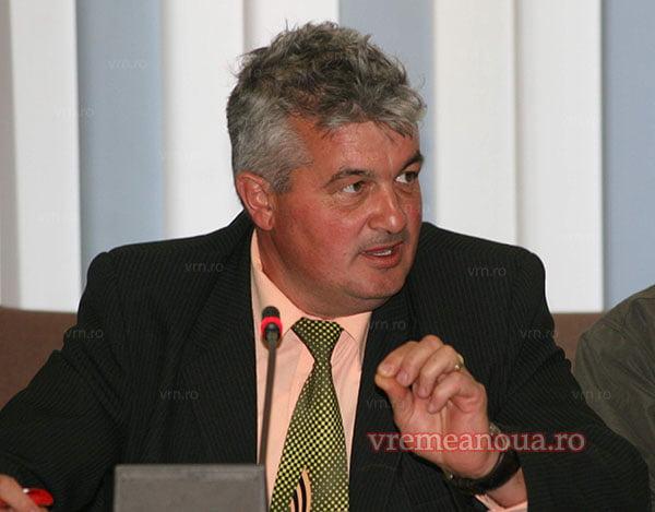 Pecheanu, miscare soc: l-a reevaluat pe presedintele Buzatu si pregãteste un candidat surprizã pentru primãrie