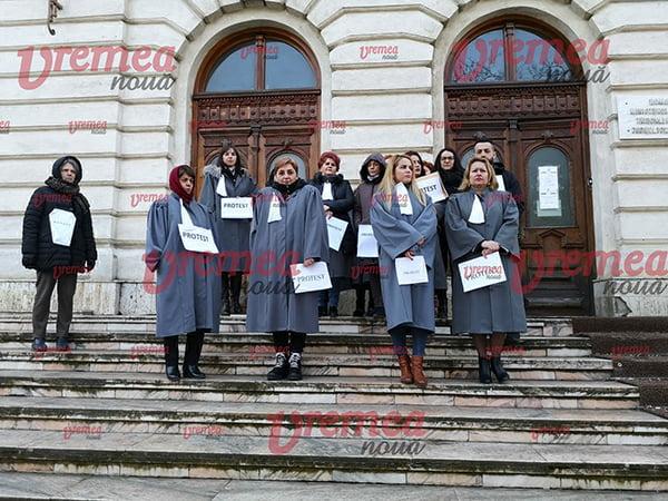 Grefierii Judecãtoriei Vaslui, în grevã!