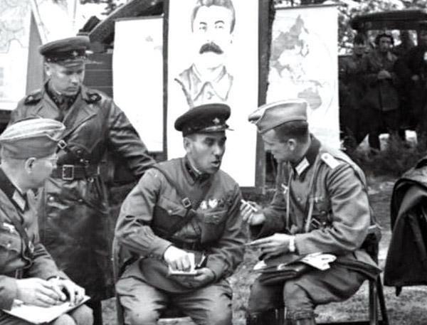Valul otrãvitor al propagandei sovietice privind Basarabia care clipoceste si astãzi
