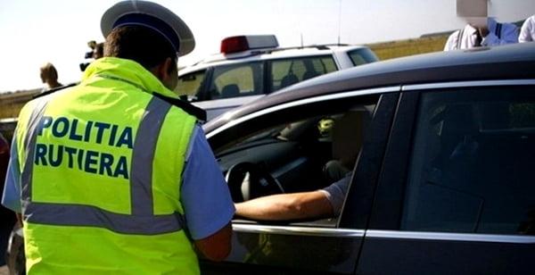 Sute de soferi, sanctionati de politistii vasluieni